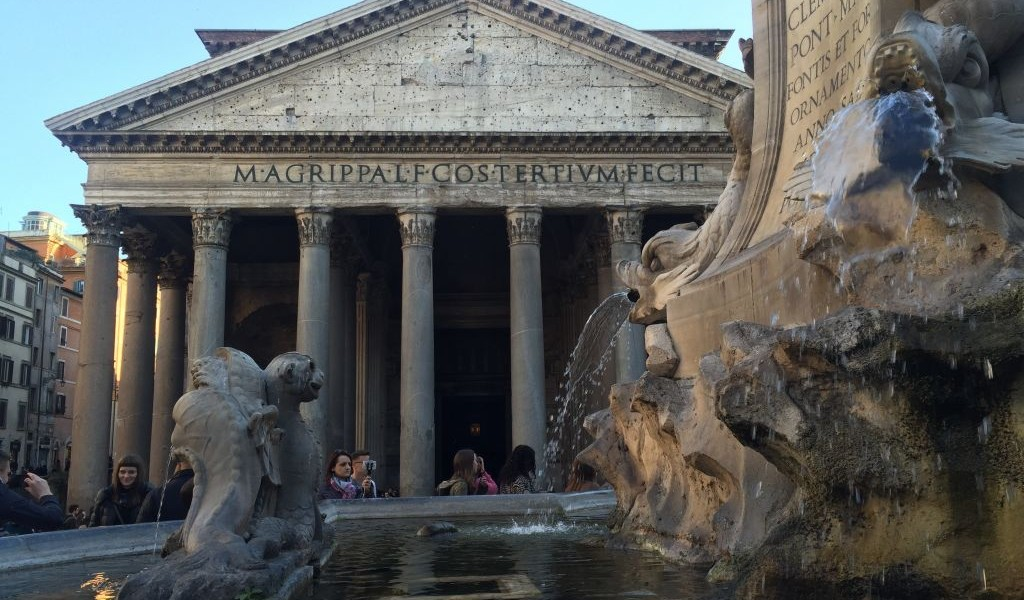 Where to eat near Rome's monuments